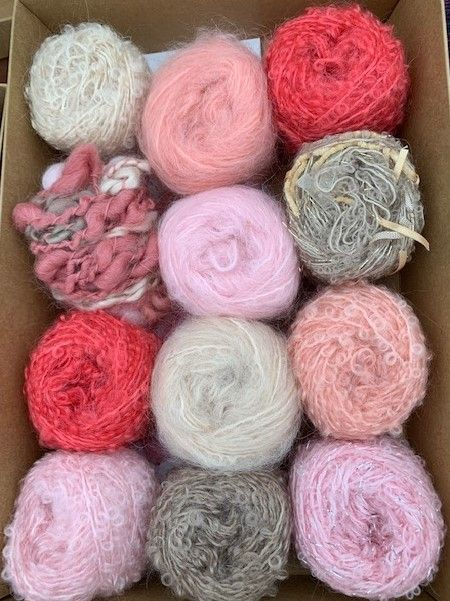 Adele's mohair giftbox - Strawberry shortcake