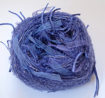 Adele's mohair ribbon balls - Lilac