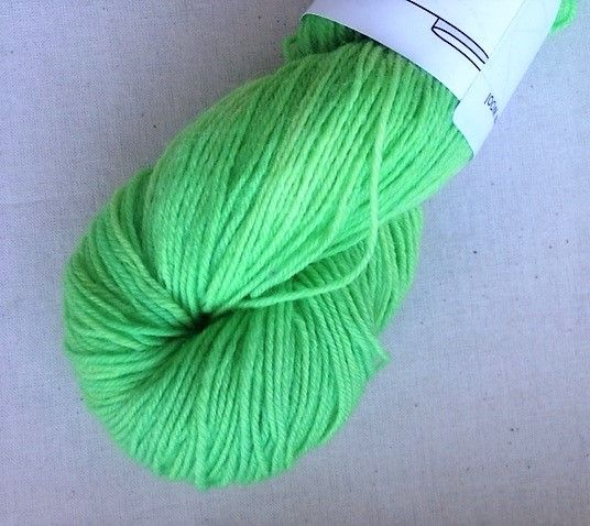 Apples & Pears 3ply sock yarn mini - Lime green