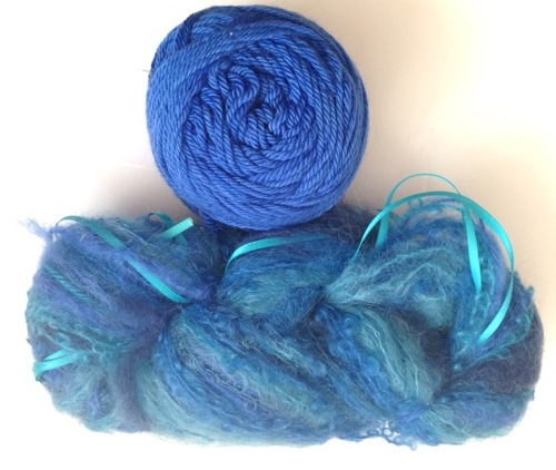 Magicball cowl - Capri with a royal blue solid